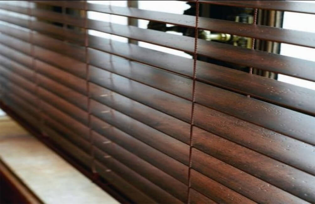 Wood Stat Venetian Blinds 3